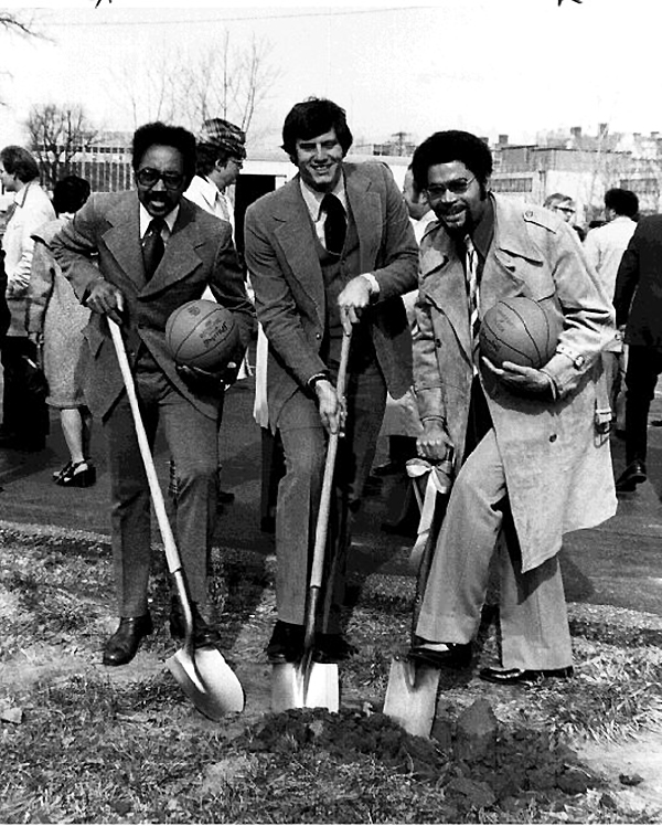 President Horton, architect Frank Gehry, and Toledo Museum of Art director David Steadman participate in the groundbreaking for the Center for Visual Arts in 1991. The building, attached to the museum, houses the university's art classes.